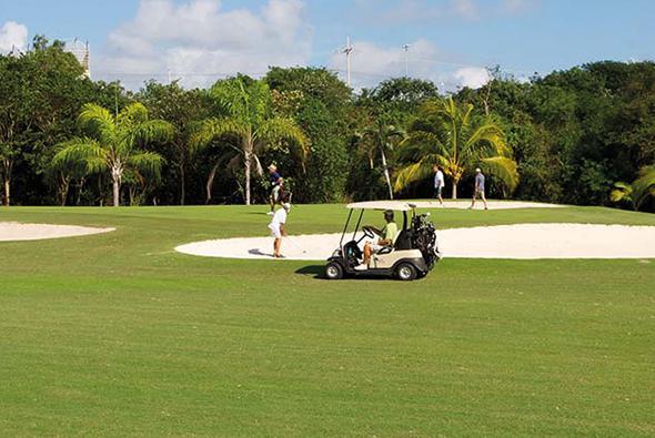 Carrousel-Golf-2 (1)