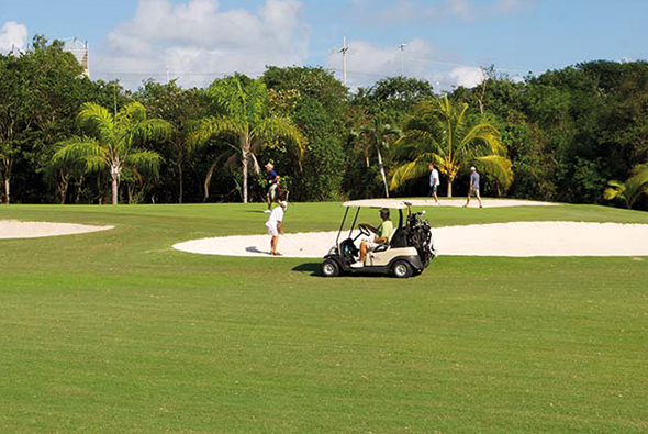 Carrousel-Golf-2