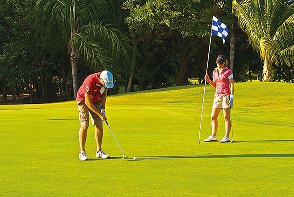 Carrousel-Golf-Academy-1